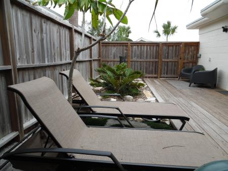 Click to enlarge image Lounge the day away with a good book - La Perla, Gorgeous remodel, 1 BR 1 BA Cottage, Fenced Yard, Backyard Oasis -